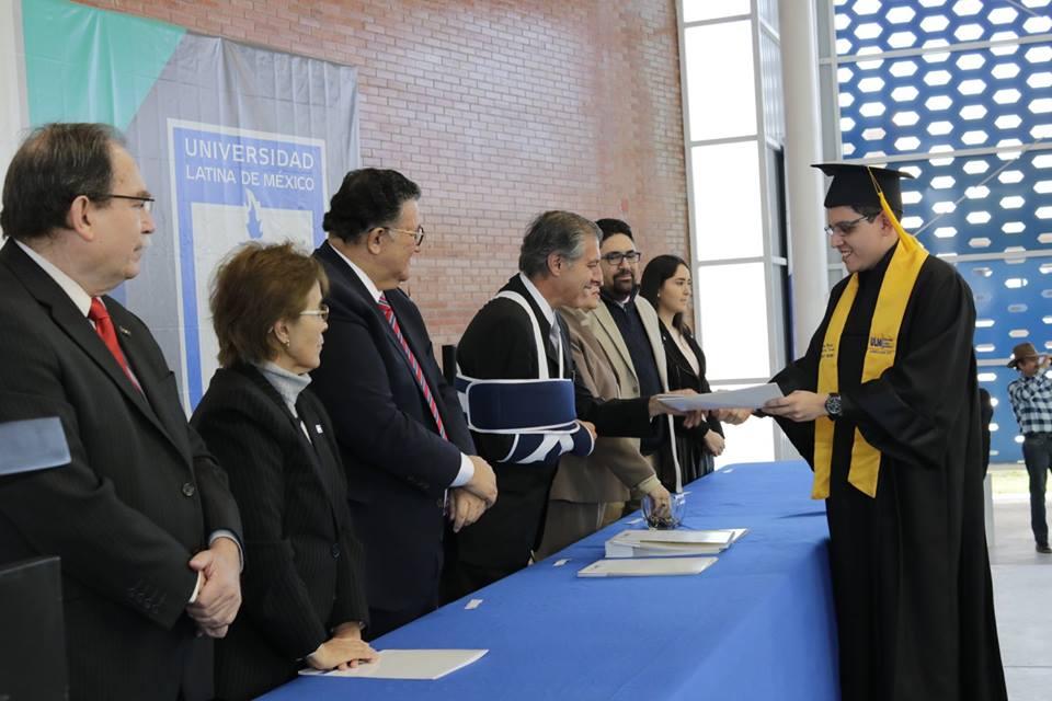 Universidad Latina De Mexico Lxxii Ceremonia De Graduaci Oacute N Lic De M Eacute Dico Cirujano Así fue como cortaron a 'albertano'. www ulm edu mx